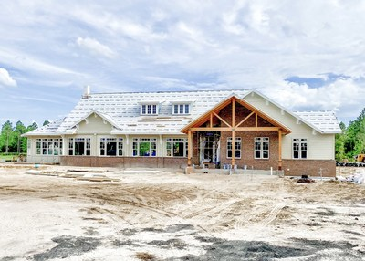 Resort-style amenities, including the WaterSong Club clubhouse, swimming pool and Biergarten, are expected to be completed later this year in WaterSong, Mattamy Homes' first 55+ community in Florida's booming active-adult market, the homebuilder has announced. (CNW Group/Mattamy Homes Limited)