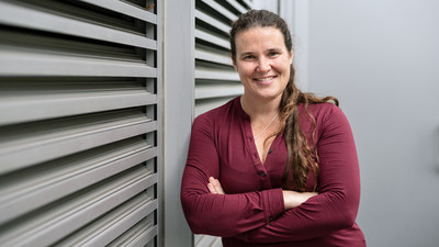Barbara Engelhardt joins Gladstone Institutes as a senior investigator. She will build machine-learning models and statistical tools to find ways to better understand, and even prevent, disease. Photo: Michael Short/Gladstone Institutes
